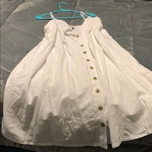 White cotton dress with POCKETS!